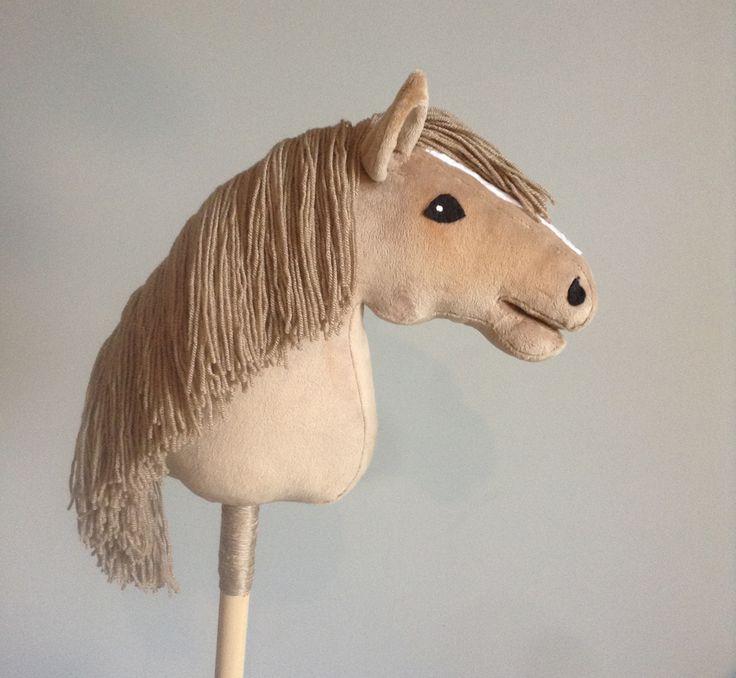 hobbyhorse / stickhorse / keppihevonen