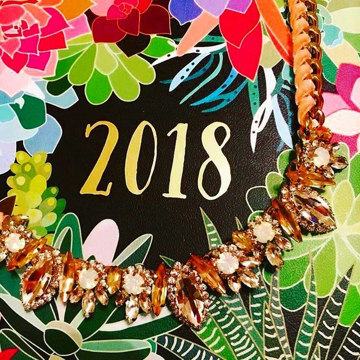 2018 is just around the corner (I can't believe it). What are some of your goals for the new year?  #newyearseve #newyear #winter #welcome2018 #2018 #2018goals #goals #newyearsresolutions #resolutions #chicago #merchandiser #chicagoigers #somers #newyork #westchestercounty #westchester #county