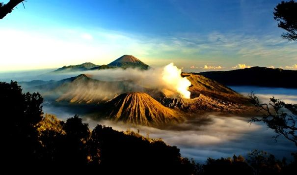 The Famous and Magnificent Mount Bromo Sunrise