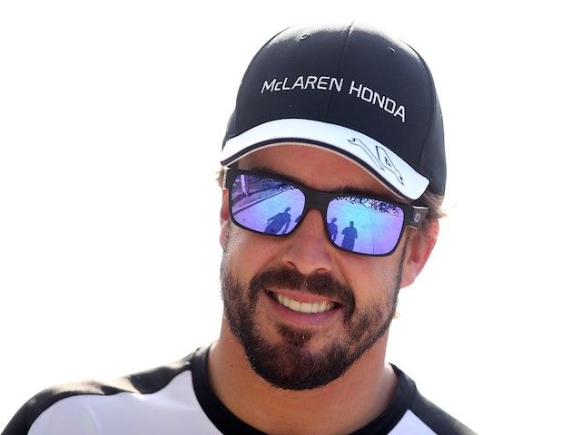 Eric Boullier wont convince Fernando Alonso to stay in Formula 1