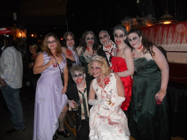 17 Best Images About Zombie Wedding On Pinterest