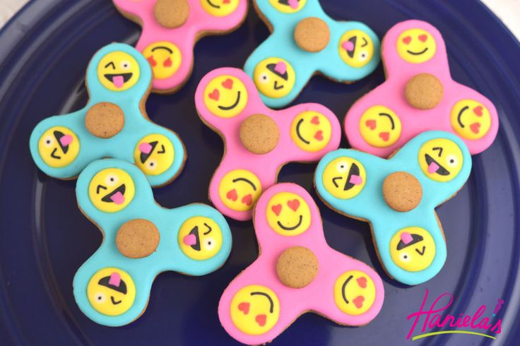 This addictive fidget toy has caught my attention only a few weeks ago and after one of my you tube friends suggested that I make a coo...