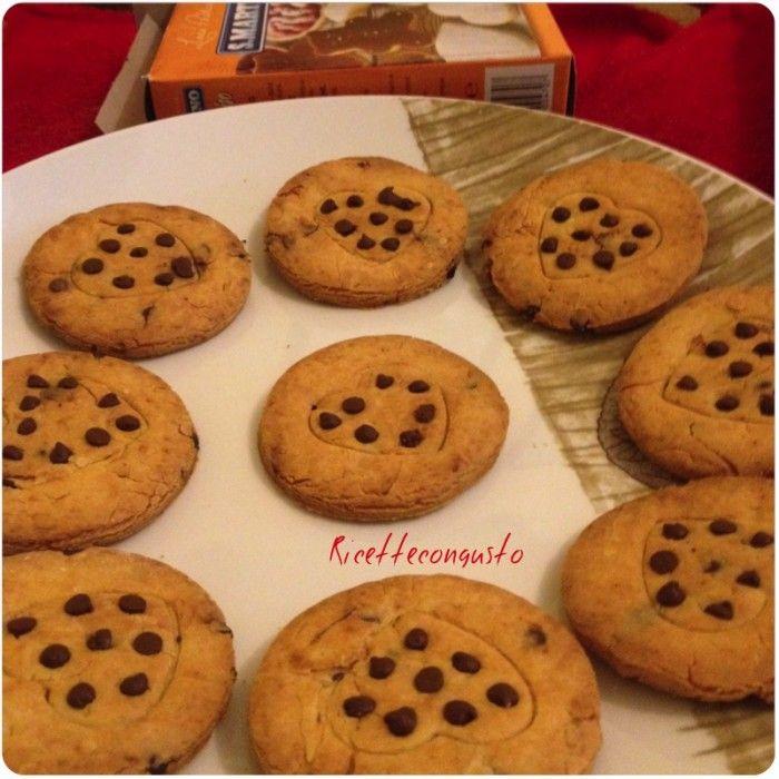 Biscotti di farina di riso all'arancia e gocce di cioccolato