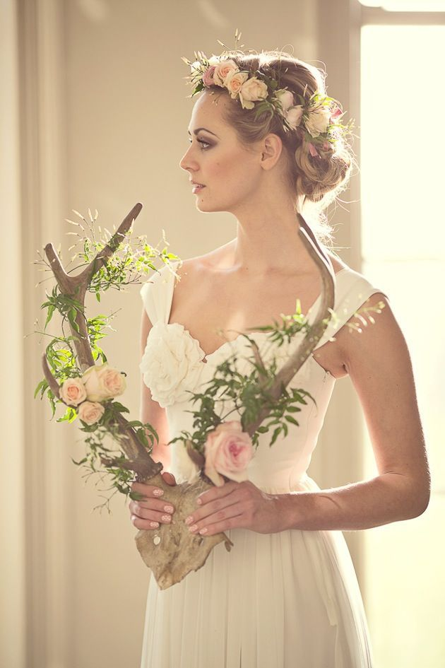 Whimsical and Romantic Wedding Ideas-Deer Antler with Flowers