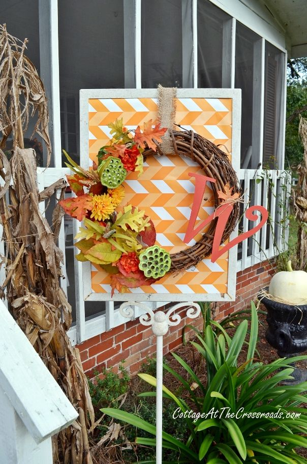 fall porch tour - Cottage at the Crossroads ! http://cottageatthecrossroads.com/fall-porch-tour-2013/