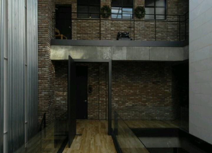 4F Bridge Hall