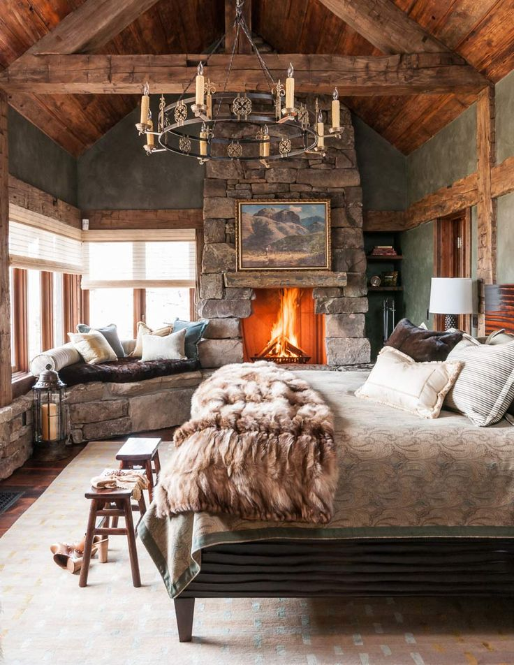 decor rustic cabin decor and cabin decorating ideas for bedroom with chandelier and fireplace and home design decor rustic family room ideas for cabin ideas - Rustic Cabin Decor