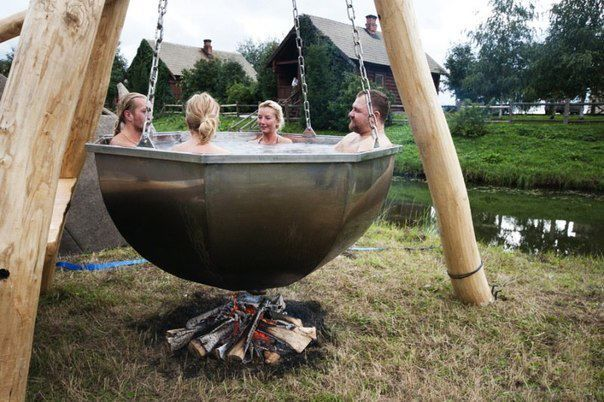 I love this cooking kettle hot tub! Green energy too. - no instructions on this link - thought it was a totally different idea, though!