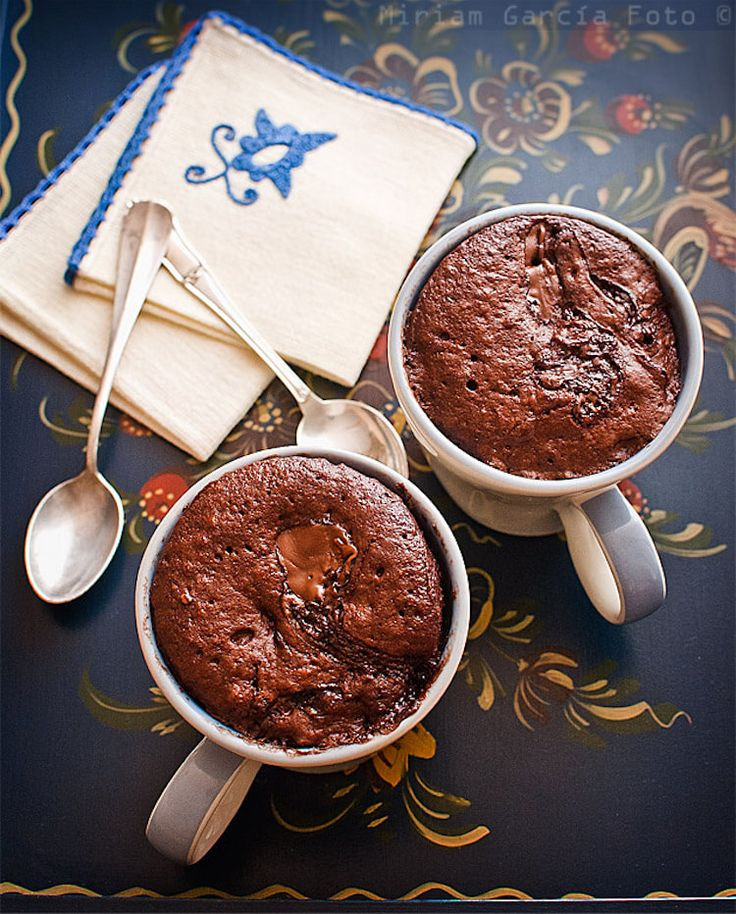 7 recetas de mug cake o bizcochos en taza (en español)