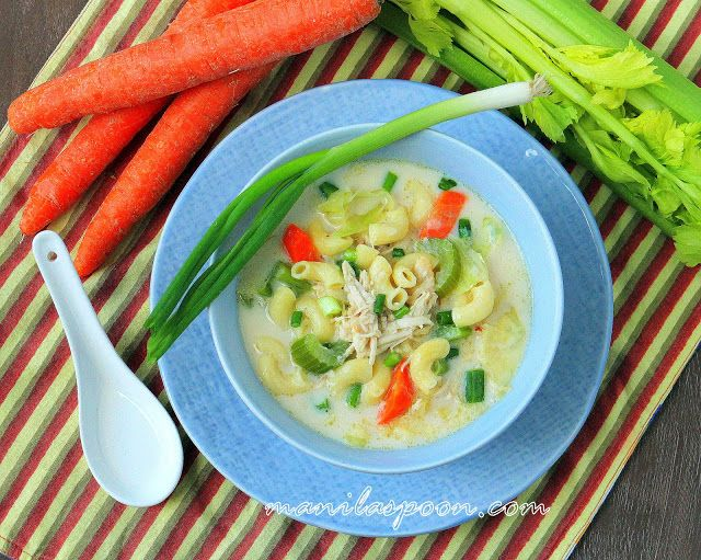 Manila Spoon: Creamy Chicken Sopas (Filipino Chicken Macaroni Soup); always sooo good when I'm sick :)