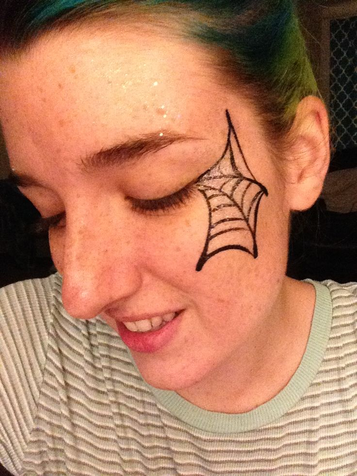 Simple eye spiderweb by Kelsey, The Face Painting Lady! ‪kelseythefacepaintinglady@gmail.com‬
