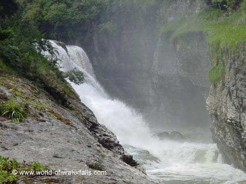 Te Reinga Falls  near Wairoa and Gisborne, Hawke's Bay, New Zealand