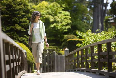 Slim without sports? It is possible. f you do not live too far from work, it will be useful to take a walk rather than using some transport. In addition, you will have the opportunity to take a look around, get some fresh air and even drop into any shop.