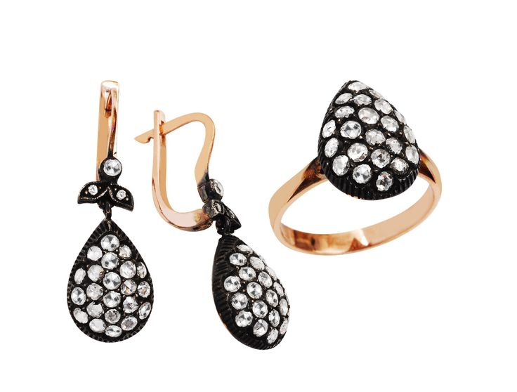 Diamond and gold for elegance Women