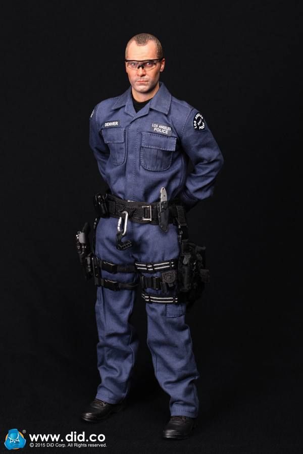 The Los Angeles Police Department Also Known As Metro Is An Elite Division Within The Los Ange Los Angeles Police Department Military Figures Men In Uniform