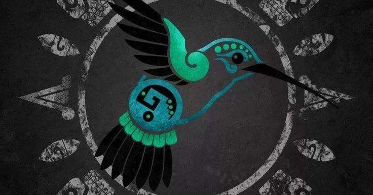 """Huitzilin significa """"colibrì"""", siempre en movimiento como nuestro corazón, y opocthli se traduce como """"lado izquierdo"""", es una metáfora que alude a nuestro corazón: así como el colibrí puede volar hacia los seis rumbos del universo, también es en nuestro corazón donde se alberga la fuerza de voluntad que nos dicta hacia qué rumbo queremos llevar nuestro destino.Huitzilopochtli es la conceptualización de la fuerza de voluntad, de la capacidad de decisión y determinación de un individuo o de…"""