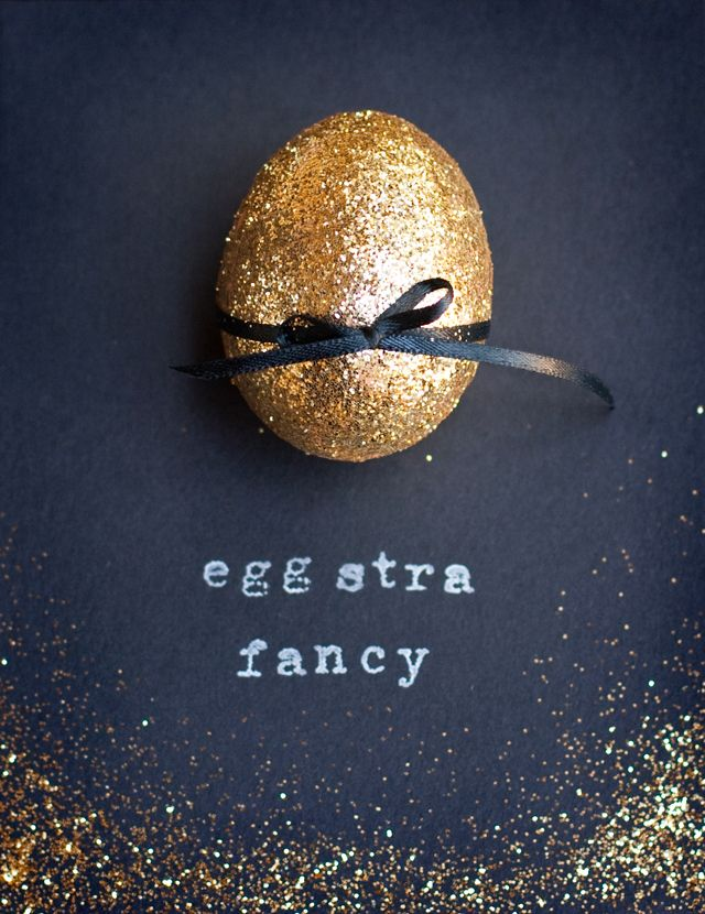 Glitter Egg-stra Fancy | Decoration for easter 2013. I CAN MAKE THIS!