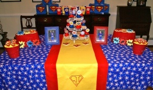 Superman birthday party: Superman Party, Superman Birthday Party, Superhero Party, 1St Birthday, Superhero Birthday Party, Party Idea, Comic Book, Bday Party, Birthday Themed