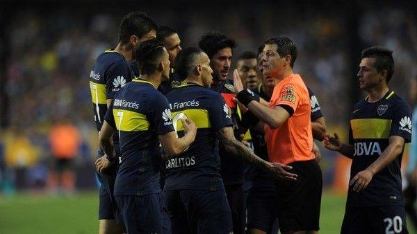 Germán Delfino vuelve a la Bombonera después de la recordada expulsión a Carlos Tevez  Germán Delfino será el árbitro del partido que el puntero Boca Juniors jugará en La Bombonera frente a Patronato de Paraná en la Bombonera, por ... http://sientemendoza.com/2017/04/10/german-delfino-vuelve-a-la-bombonera-despues-de-la-recordada-expulsion-a-carlos-tevez/