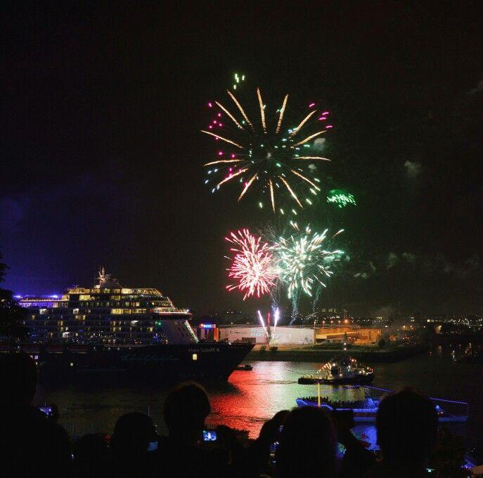 Mein Schiff 4 and fireworks! #hamburgcruisedays #cruisedays2015 #meinschiff #TUIcruises