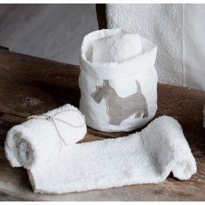 Cestino bianco terrier con 3 salviette bianche