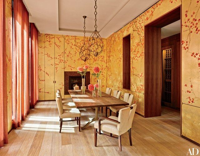 Seizing a rare opportunity, the decorator and her husband purchased two properties in New York's Greenwich Village, combining them into a five-story residence for their family   archdigest.com