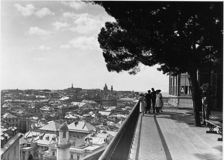 Genova. Panorama da Castelletto (Photo: Cresta, 1935) #genova #genoa #liguria #annitrenta