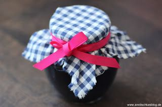 Rezept: Stachelbeere & schwarze Johannisbeeren Marmelade - www.annitschkasblog.de