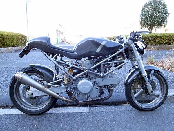 Cafe Racer DUCATI Monster 400