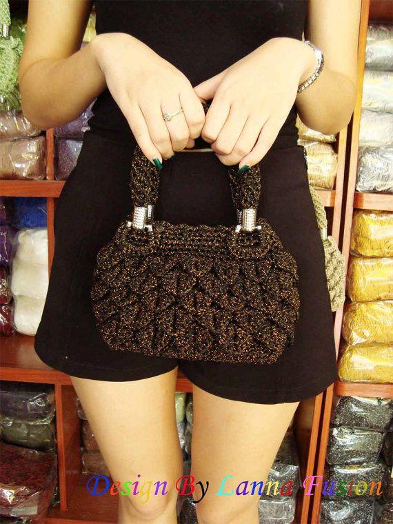 Oro nero Crochet gestire borse borse oro nero borsa di LannaFusion