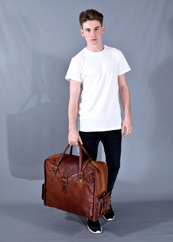 The Vagabond Extra Large: Vintage style brown leather holdall duffle weekend bag flight cabin luggage unisex mens personalised gift set