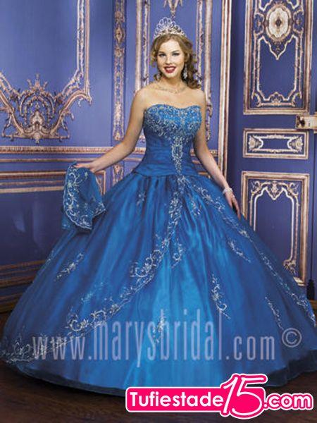 Vestido Color Azul Fracia Con Algunos Retoques Color Plata