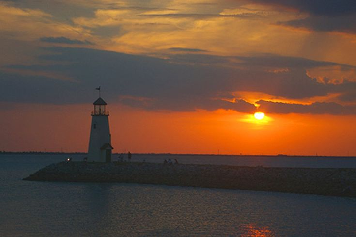 oklahomacity | Oklahoma City, OK : Lighthouse at Hefner Lake in Oklahoma City at ...