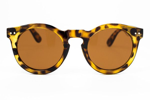 Hello, under $25 summer sunglasses. I need a new pair and these are calling my name. #sunnies