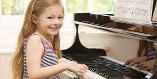 Piyano eğitimi almak konusunda herkesin endişeleri olmuştur öğrenebilmek adına. Emre Şen Müzik okulunda piyano eğitiminde sizde profesyonel eğitim alarak piyano öğrenebilirsiniz. Kısa yoldan piyano öğrenmek elbette mümkün değildir fakat... Daha fazla bilgi için http://www.emresenmuzikokulu.com adresini ziyaret edebilirsiniz.