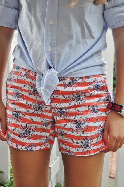 Summer Wind - I would love these Lilly shorts for the 4th of July!