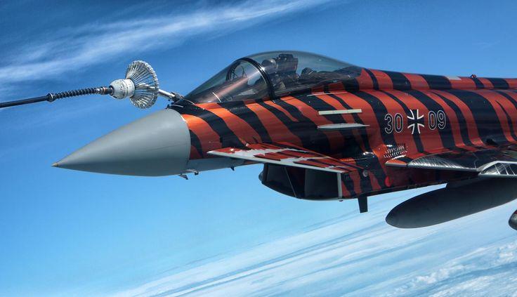 Eurofighter und Tornados bei der Luftbetankung durch Airbus A310