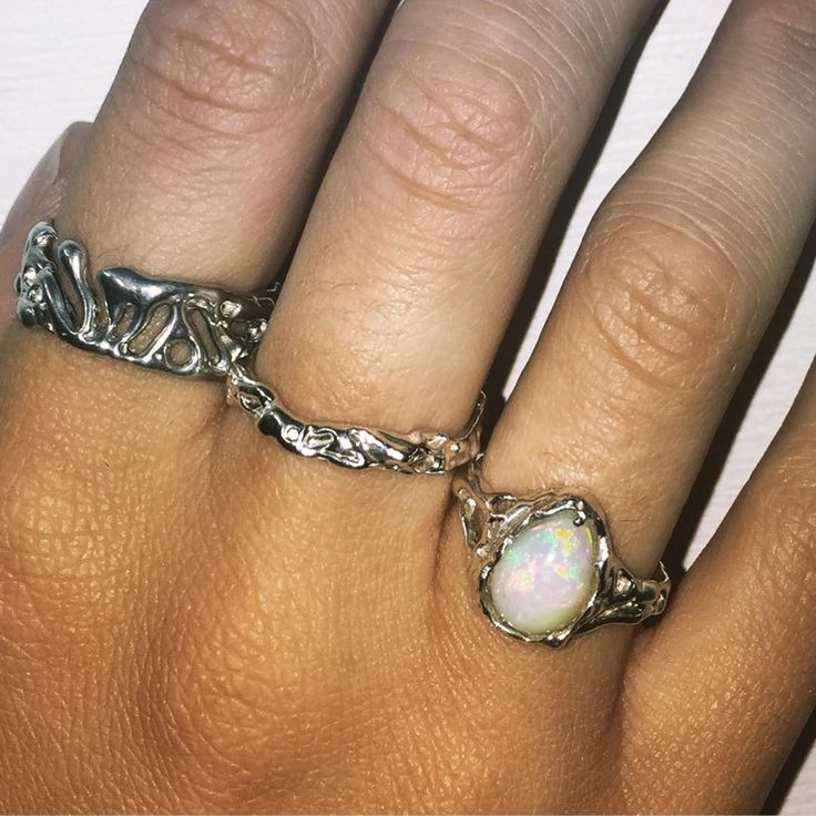 Handcrafted Holliegraphic Welo opal ring & textured bands www.holliegraphic.com Instagram @holliegraphic