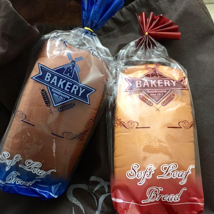 Jumbo realistic soft loaf super squishy (cutie creative licensed)