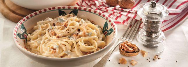 Pasta con noci e Gorgonzola DOP