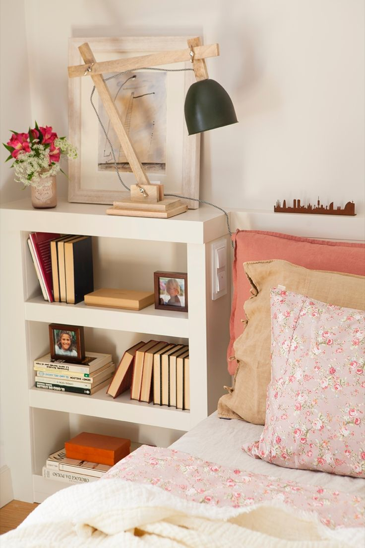 cabecero mesilla de noche y librera de obra lamparas bao