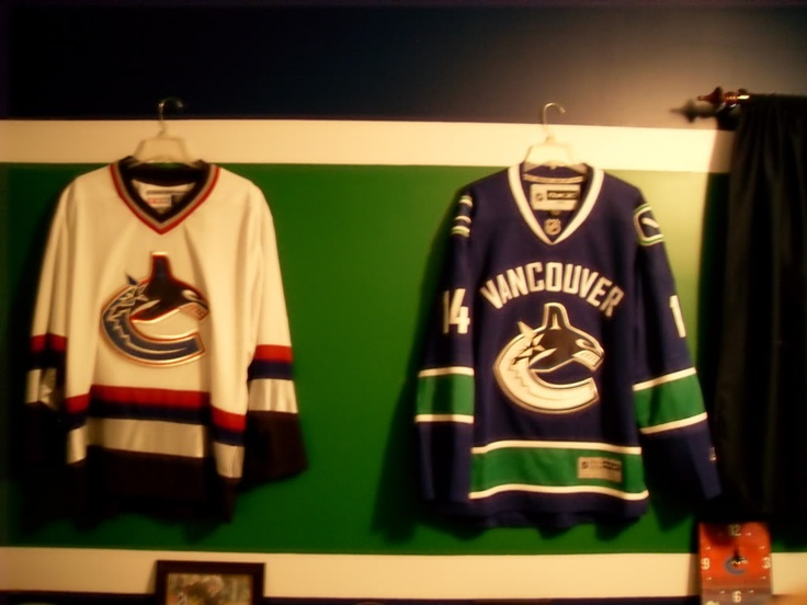 Vancouver Canucks hockey themed bedroom