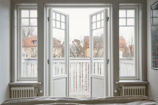 Björkvägen Joakim Johansson bedroom balcony view doors white fantastic frank
