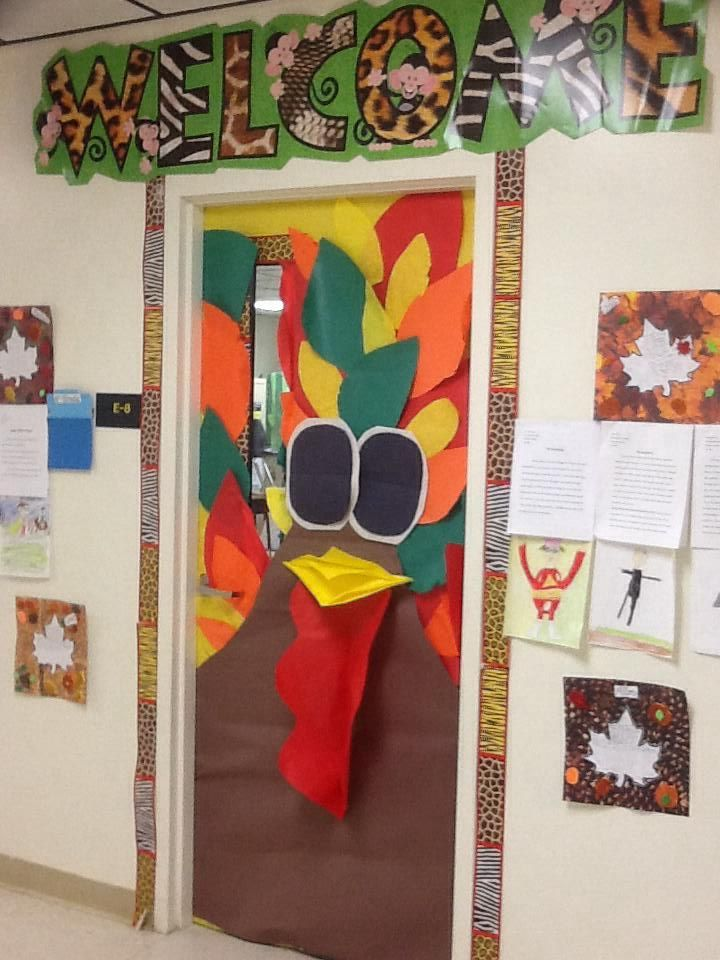 Thanksgiving Classroom Decoration ~ Best preschool door ideas on pinterest