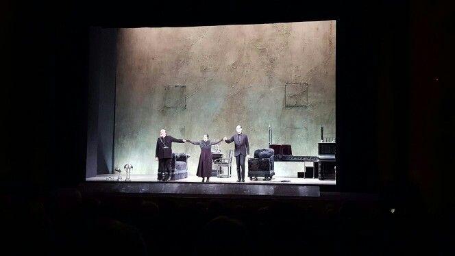 #Danzamacabra al Quirino, allestimento e attori da inchino! @TeatroQuirino #Roma