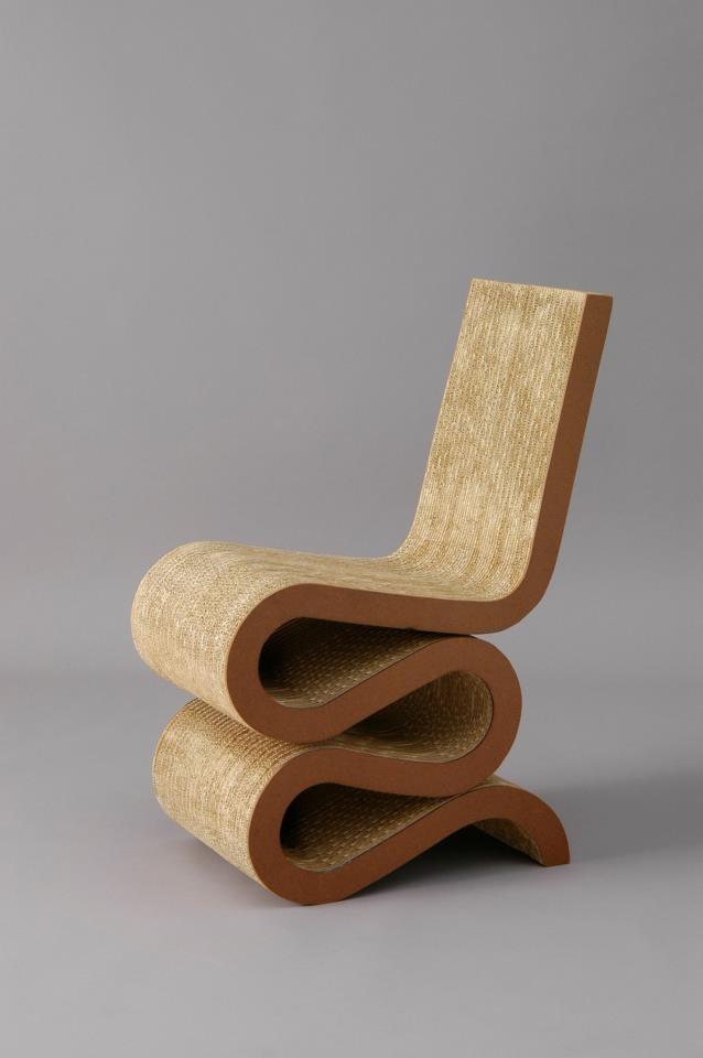 Frank Gehry Wiggle Side Chair, 1972 Esta Silla Es Una Chulada.