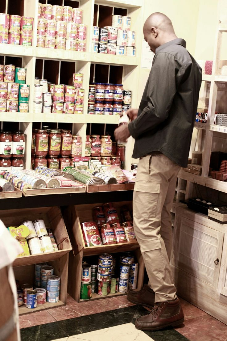 Berkhan studio archive project cargo pants walker super mart mart grocery store shopping 벌칸 스튜디오 아카이브 남자 패션 디자이너 브랜드 아트워크
