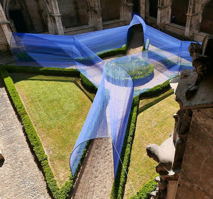 Pour le Festival Juin Jardins de Cahors, l'atelier YokYok en collaboration avec le sculpteur Ulysse Lacoste, a réalisé cette installation