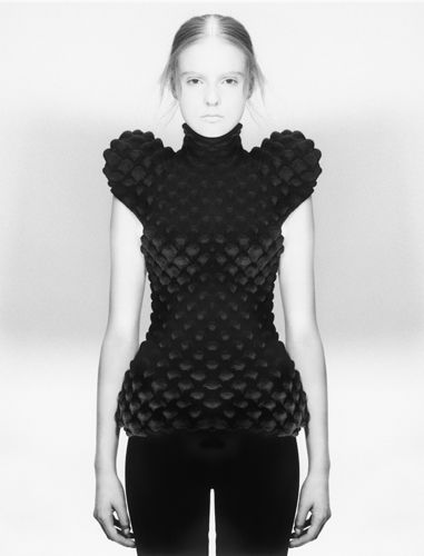 Contemporary knitwear design with sculptural silhouette & textured surface detail; artful fashion // Sandra Backlund