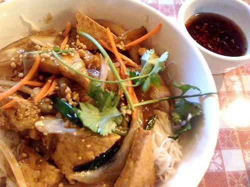 Bún Chay (Vietnamese Vegetarian Noodle Salad) Recipe — Dishmaps